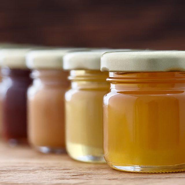 https://www.honeysource.com/wp-content/uploads/2021/05/honey-sample-jars-640x640.jpg