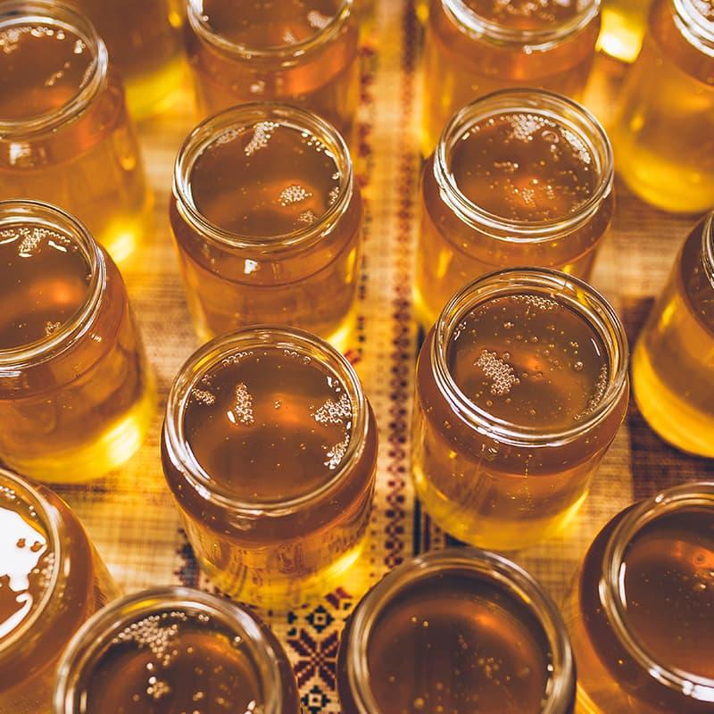 https://www.honeysource.com/wp-content/uploads/2021/05/open-honey-jars.jpg